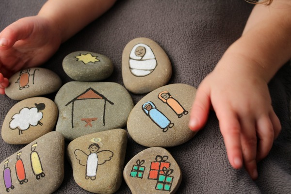 diy-nativity-story-stones-for-kids